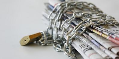 Das Parlament soll in der Sommersession die Medienfreiheit einschränken – die Medienbranche wehrt sich dagegen.