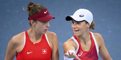 Belinda Bencic und Viktorija Golubic treten im Doppel-Halbfinal gegen Brasilien an.