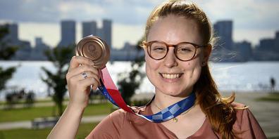 Nina Christen ist drauf und dran, ihren überraschenden Medaillengewinn zu begreifen. Die Bronzemedaille nimmt ihr jedenfalls niemand mehr