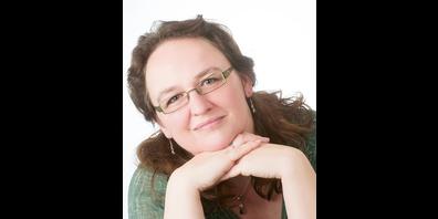 Sabine Lutkat ist Präsidentin der EMG. Freiberuflich ist sie in der Erwachsenenbildung überwiegend zum Thema «Märchen» tätig